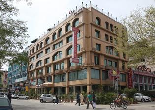 エンヴォイ コンチネンタル ホテル