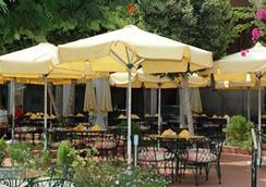 ピラミッヅ パーク リゾート カイロ (旧インターコンチネンタル ピラミッヅ) - カイロ - レストラン