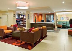 Residence Inn by Marriott Boston Dedham - Dedham - ロビー