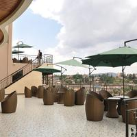 Five to Five Hotel Outdoor Dining
