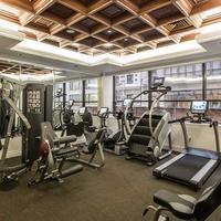 アヴァロン ホテル Fitness Facility