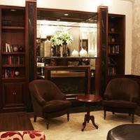 アヴァロン ホテル Library