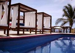 Hotel Baxar - アカプルコ - プール
