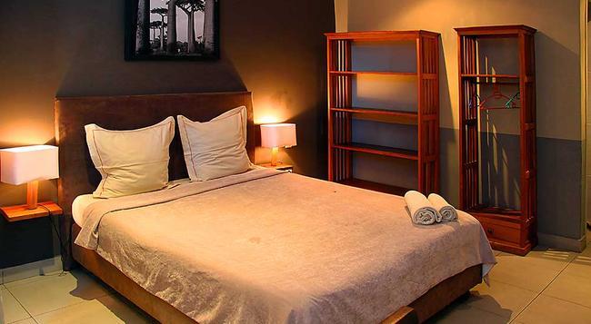 オテル レストラン ラ リボーディエール - アンタナナリヴォ - 寝室