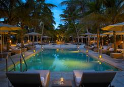 グランド ビーチ ホテル - マイアミ・ビーチ - プール