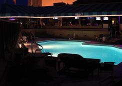 サーフブレーク オーシャンフロント ホテル アン アセンド ホテル コレクション メンバー バージニア ビーチ - バージニア・ビーチ - プール