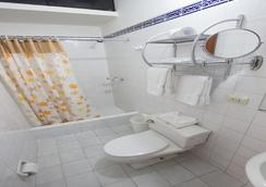 Hotel Nirvana - リマ - 浴室
