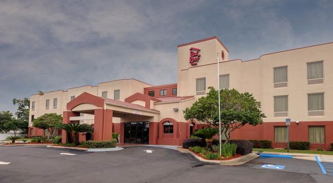Red Roof Inn Pensacola Fairgrounds - ペンサコーラ - 建物
