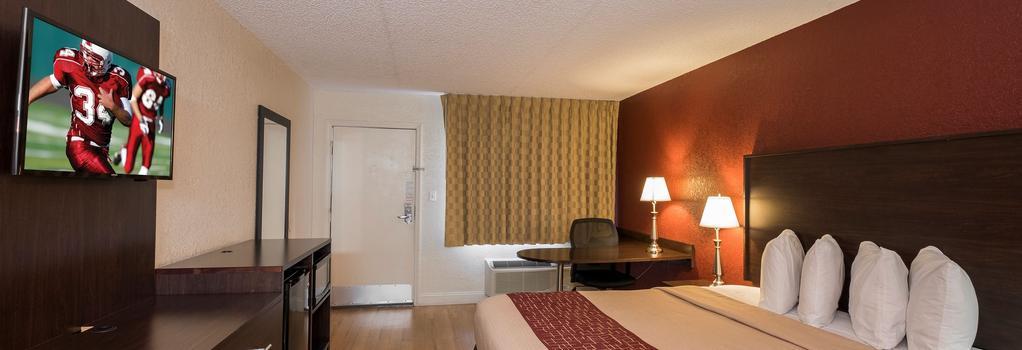Red Roof Inn Orlando South - Florida Mall - オーランド - 寝室