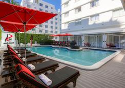 レッド サウス ビーチ ホテル - マイアミ・ビーチ - プール